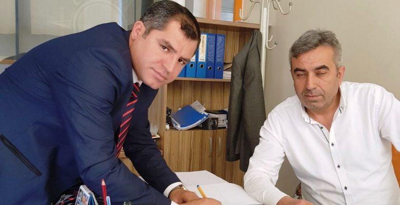 Ak Parti' de İlk Müracaat Ahmet  Ünalan'dan