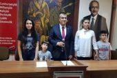 Karavelioğlu, Ailesi ile Adaylığını Açıkladı