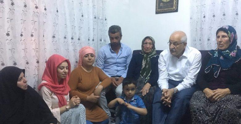 Milletvekili Erdoğan'dan çat-kapı ev ziyaretleri