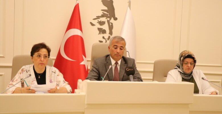 Gaziantep Büyükşehir Meclisi'nden Türkeş ismine ret
