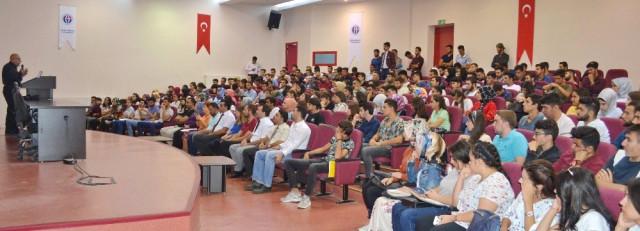 Oğuzeli Myo Öğrencilerinden Kızılaya Kan Bağışı