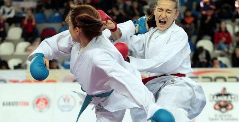 GAÜN öğrencisi Esra Karabağ Türkiye Şampiyonu