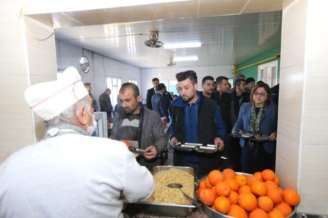 Başkan Şahin, Organize Sanayi Çalışanlarıyla Bir Araya Geldi