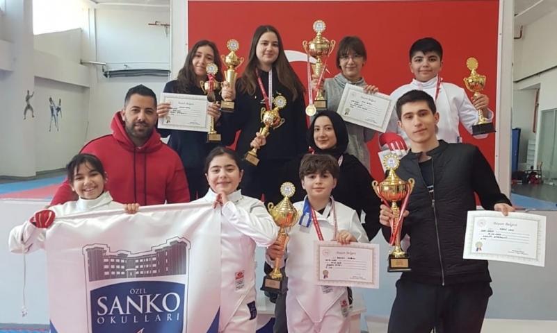 SANKO Okulları Eskrimde Türkiye Finallerinde
