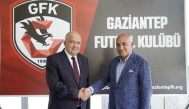Gaziantep FK da Mehmet Büyükekşi, görevi Cevdet Akınal a devretti