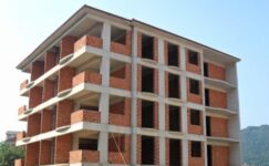 inşaat sektörü çöküyor Müteahhitler batıyor