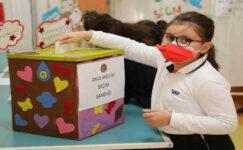 Gaziantep Kolej Vakfı Özel İlkokulu'nda seçim heyecanı sürüyor